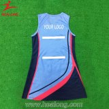 La sublimación de la ropa de deportes de Healong imprimió la alineada modificada para requisitos particulares de la falda del Netball