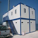 Camera del contenitore come costruzione domestica prefabbricata