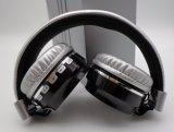 Het schilderen Metaal van de Kleur het Vouwen en van Lightable Bluetooth Hoofdtelefoon met Mic FM en TF de Muziek van de Kaart