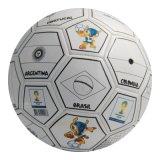Sfera di calcio di sport dei Giochi Olimpici di Rio Brasile delle bandiere nazionali