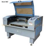 金属のレーザー光線の彫版機械