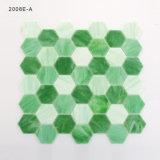 Mattonelle di mosaico di vetro di esagono di colore verde per la cucina Backsplash