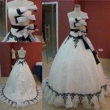 Vestido de casamento preto e branco do vestido de esfera