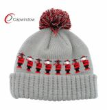 ポンポンが付いている優秀な品質の灰色および赤いジャカード織り方のかぎ針編みのニットの帽子の卸売か帽子