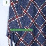 良質のヨーロッパの冬の格子縞のウールのショールの方法女性はマントを暖める