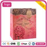 Bolsa de papel roja del regalo del almacén de ropa de Kraft del modelo de flor