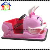 Езда парка атракционов Kiddie участвуя в гонке автомобиля батареи кролика от Amigo