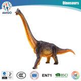 O dinossauro plástico impressionante de Brachiosaurus encheu-se com os brinquedos do algodão para presentes relativos à promoção de Collectional do Natal