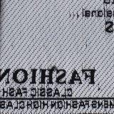 Borda Final Tecidos de etiqueta com o logotipo da tecelagem de branco de alta densidade