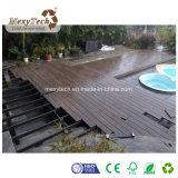Decking composé personnalisé imperméable à l'eau de coextrusion des graines en bois WPC de la CE