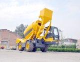 Goedkope Prijs! ! De kleine Machine van de Concrete Mixer met Pomp, de Vrachtwagen van de Concrete Mixer, Mobiele ZelfLading