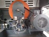 Máquina cortando e vincando semiautomática com unidade de descascamento