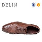 2018 Brogue de alta calidad de los hombres Zapatos de Vestir, Diseñador Oxfords Zapatos para hombres, zapatos formales para hombres