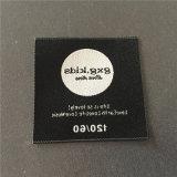 Custom 4.5*4.5cm de ropa de alta densidad de etiquetas tejidas