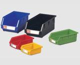 De plastic Doos van de Organisator die in Pakhuis (PK001) wordt gebruikt