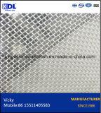 Selezione di alluminio della rete metallica del portello e della finestra