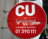 A loja da caixa leve de Customed assina a placa para anunciar o indicador