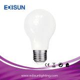 Bulbo leitoso claro energy-saving da luz de bulbo do diodo emissor de luz do vidro A60 8W E27 do diodo emissor de luz