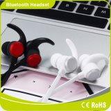 小型様式のiPhoneのための無線BluetoothのイヤホーンのスポーツのヘッドホーンのBluetoothのイヤホーン