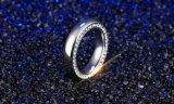 Lado de aço Titanium anel cúbico embutido do Zirconia para presentes do melhor amigo de Bague Femme do Dating do partido
