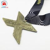 Medaglia corrente di sport del Triathlon di maratona della lettera su ordinazione