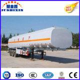 特別な手段オイルかSino HOWOのトラクターのトラックヘッドのためのガソリンまたは燃料のタンカー
