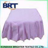 レースかLaceworkまたはマクラメの紫色のテリー布の防水マットレスのカバー