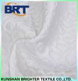 Las gotitas de agua impermeabilizan la cubierta de colchón fresca de la capa del aire de la sensación
