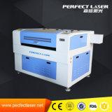 木またはプラスチックかアクリルレーザーのカッター機械価格