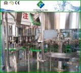 La alta calidad Buen Precio botella PET pura agua mineral 3 en 1 máquina de llenado