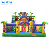 O castelo insuflável insufláveis gigantes para crianças