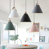 Sechs Farben, die hängende Beleuchtung für Dekoration hängen