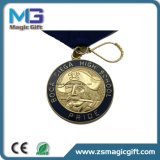 Le zinc courant Aloy de sports de marathon de récompense faite sur commande directe d'usine la médaille molle d'émail de moulage mécanique sous pression