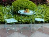 旧式で白い錬鉄のFoldable屋外表および椅子