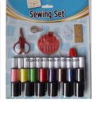 衣服旅行のための縫うキットのフルセット