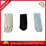 Kundenspezifische neue Entwurfs-Wegwerfarbeitsweg-Socken-Wegwerfhefterzufuhr-Socken
