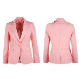 あつらえの1枚のボタンの女性のスーツのジャケット