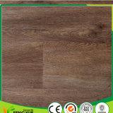 Belle de colle planche en bois d'étage de cliquetis de PVC de configuration vers le bas