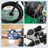 強力なモーターを搭載する新しく環境に優しい電気マウンテンバイク