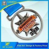 Medalha Running barato personalizada do metal da maratona da fábrica do OEM para concessões