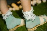 Цвет отдыха чисто с смычком шнурка популярным для носка платья девушок