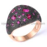 De Nieuwe Ringen van uitstekende kwaliteit van het Ontwerp met de Juwelen van Stenen
