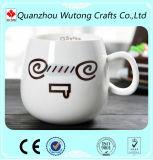 Materiale di ceramica di Morcelain della tazza divertente su ordinazione del Emoticon