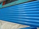 La toiture en acier ondulée galvanisée enduite d'une première couche de peinture couvre Sgch