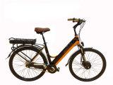 Engranaje colorido de la velocidad de Shimano del marco de la aleación de la vespa 350W de la bici elegante eléctrica actualizada de la bicicleta E