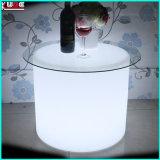 LEDは屋外の家具の円形の腰掛けLEDの軽い家具をつける
