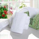 方法柔らかい感じの100%年の綿のテリーの女性の浴室タオル