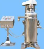 遠心分離器の固体および液体