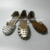 Santals plats de chaussures de type de chaussures neuves de dames