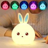 토끼 LED 밤 빛 7 색깔 아이를 위한 변화 침실 책상 테이블 램프
